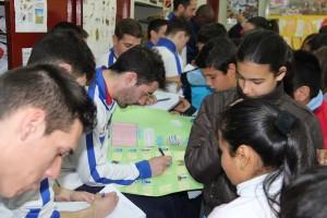 firmando_autografos